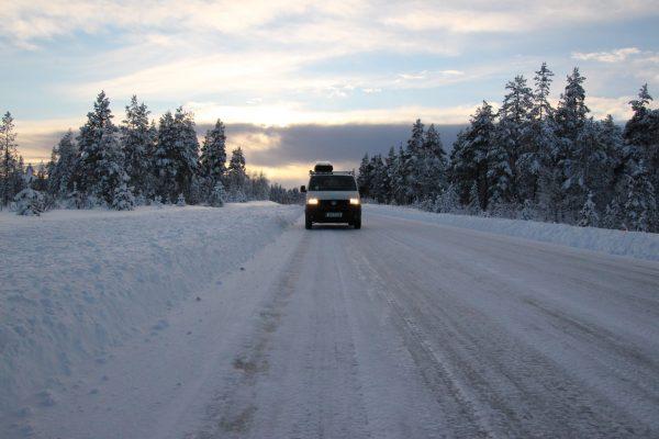 Winter Campervan Winter-Roadtrip Europa