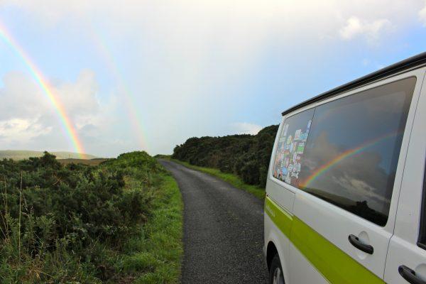 Schottland Regenbogen Campervan Roadtrip