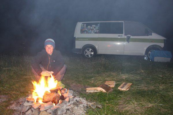 Lagerfeuer Freiheit Campervan Vanlife Schottland