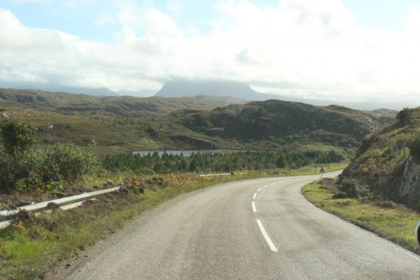 Straße Roadtrip unterwegs Schottland